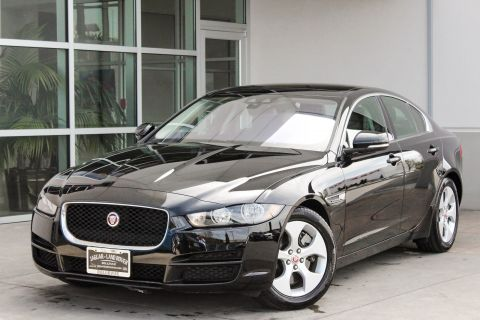 Certified Pre-Owned 2018 Jaguar XE 25t AWD