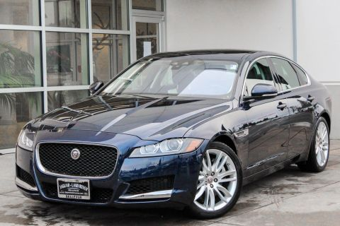 Certified Pre-Owned 2017 Jaguar XF 35t Prestige With Navigation & AWD