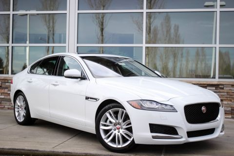 New 2017 Jaguar XF 35t Prestige With Navigation & AWD