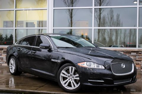 Pre-Owned 2012 Jaguar XJ XJL With Navigation