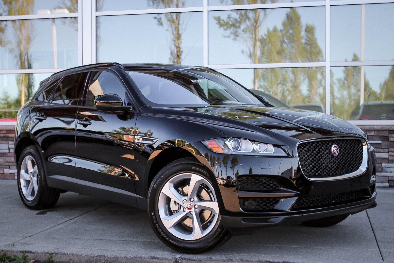 2018 jaguar crossover. delighful 2018 new 2018 jaguar fpace 25t premium in jaguar crossover