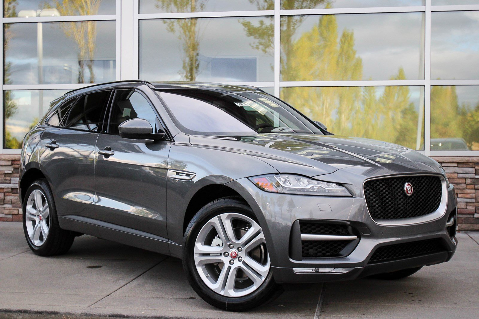 new 2018 jaguar f pace 25t r sport sport utility in bellevue 59769 jaguar bellevue. Black Bedroom Furniture Sets. Home Design Ideas