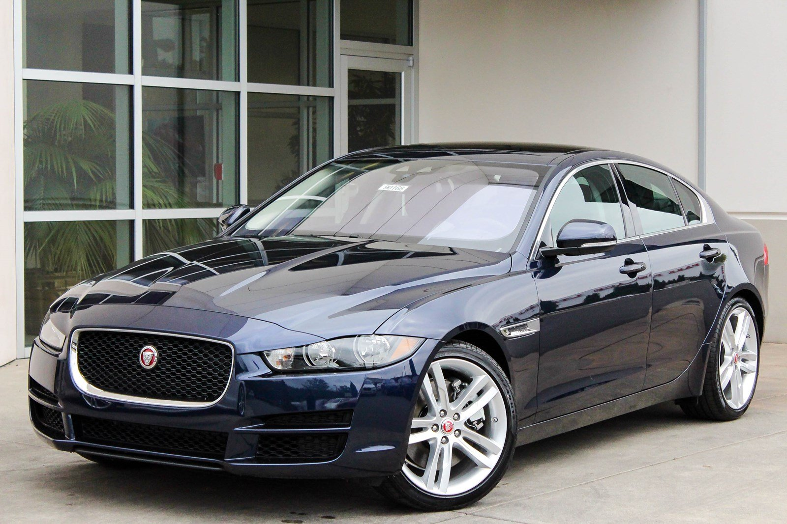 New 2018 Jaguar Xe 35t Prestige 4dr Car In Bellevue 90168