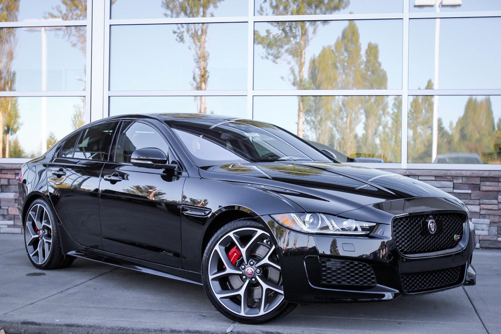 New 2018 Jaguar Xe S 4dr Car In Bellevue 59777 Jaguar