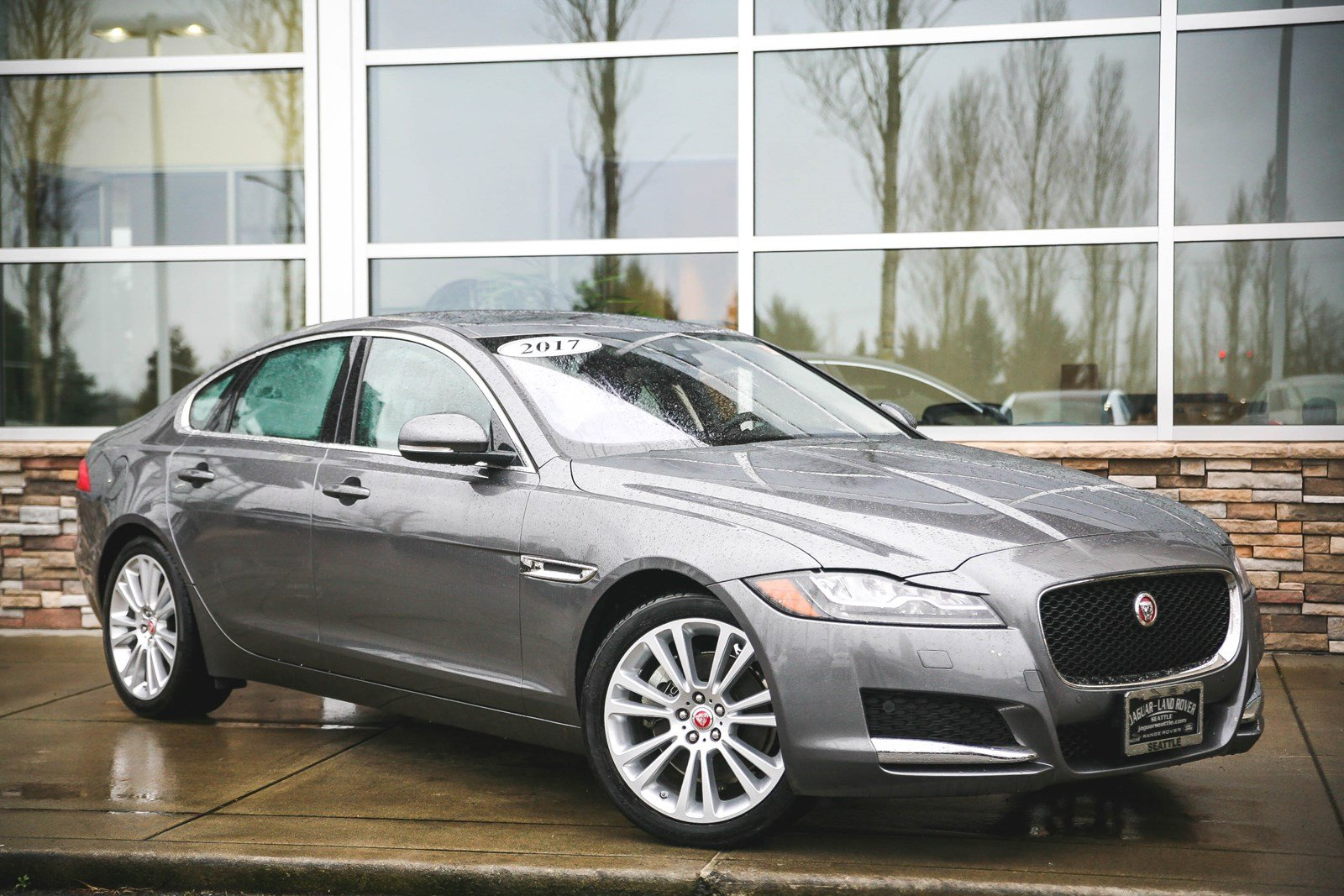 Certified Pre-Owned 2017 Jaguar XF 20d Prestige