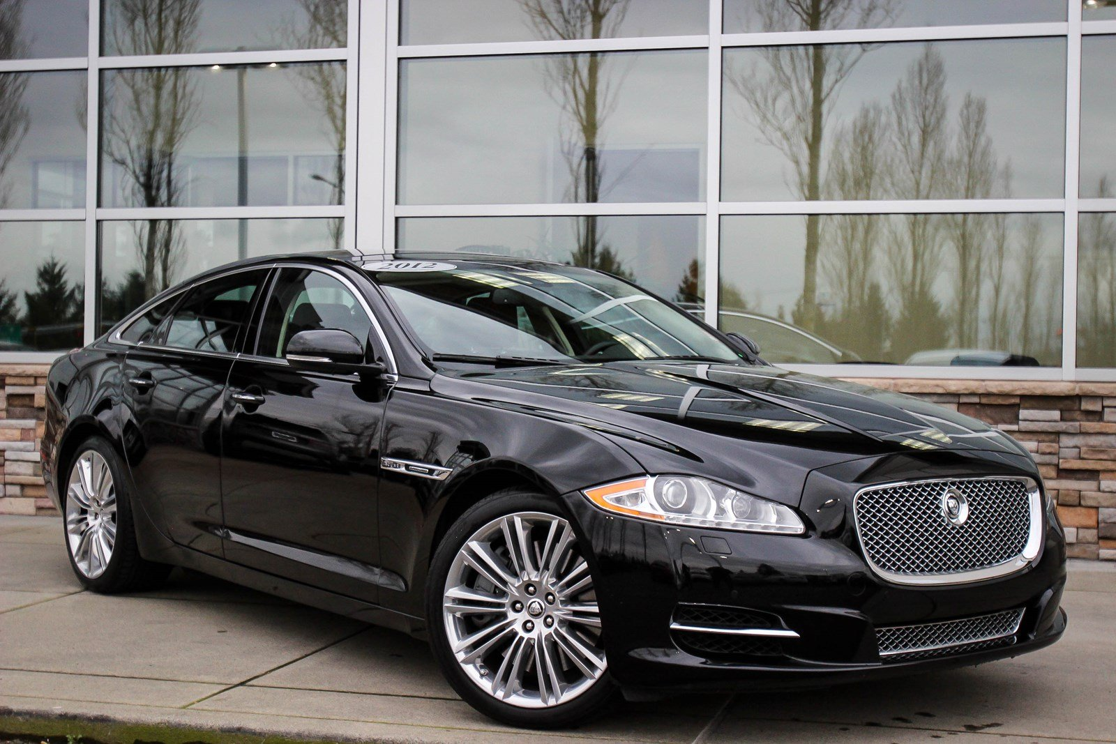 Pre-Owned 2012 Jaguar XJ Supercharged